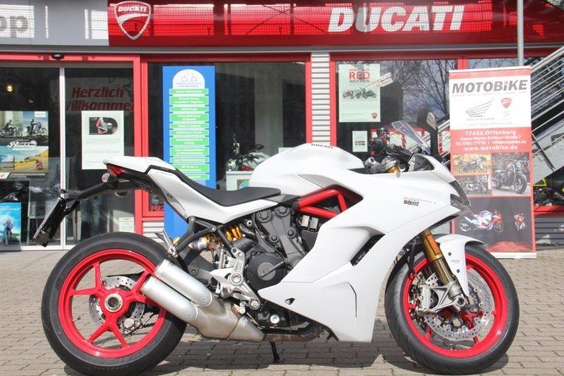 DUCATI Supersport 937 S