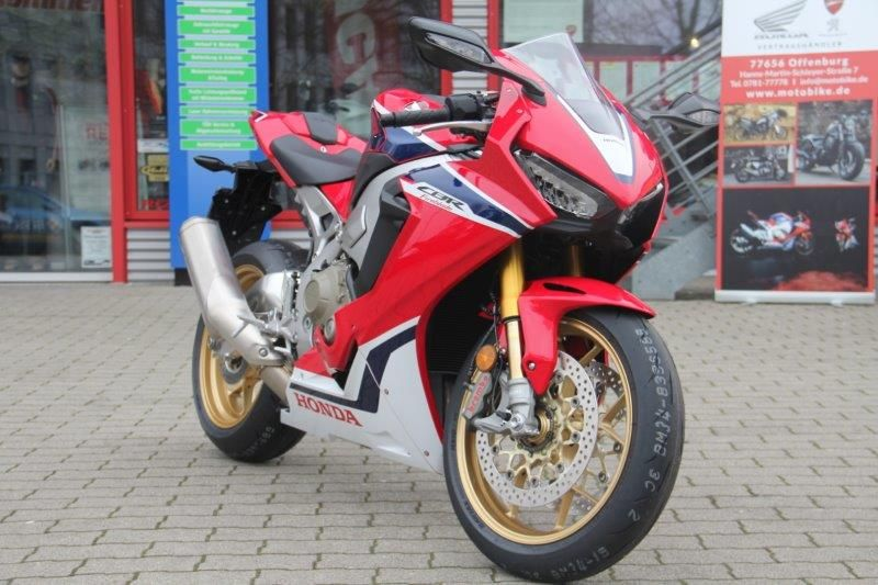 HONDA CBR 1000RR Supersport